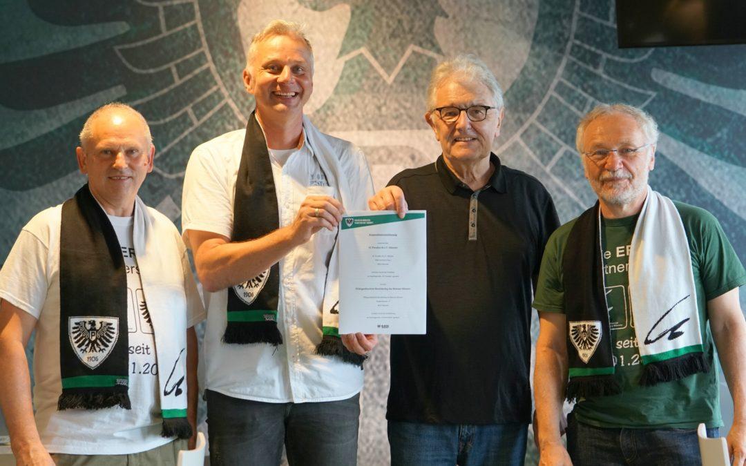 Partnerschulen unterzeichnen im Preußenstadion Kooperationsvereinbarung