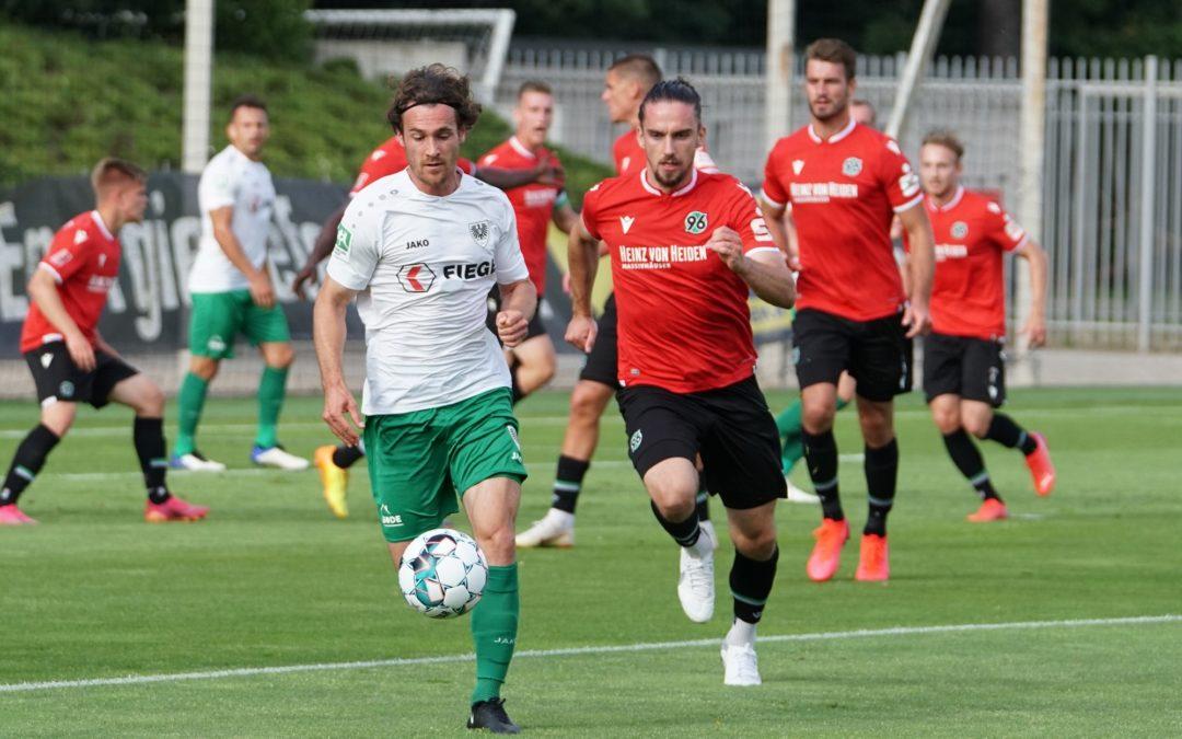 Weiße Weste hält auch beim 2:1-Sieg in Hannover